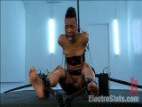 Deviant Sex Pot, Nikki, Feels Electrosex for the 1st Time!!