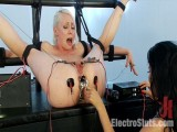 Electric Anal Probe! Lorelei Lee Submits to Isis Love!!